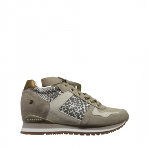 Howrah sneakers